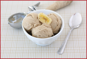 Banana Peanut Butter Ice Cream | Photo from www.twopeasandtheirpod.com/